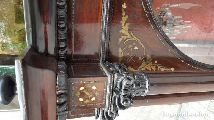 Antigüedades: HORNACINA. MADERA DE TROPICAL CON INCRUSTACIONES. ESTILO ISABELINO. ESPAÑA. SIGLO XIX. - Foto 8 - 162237626