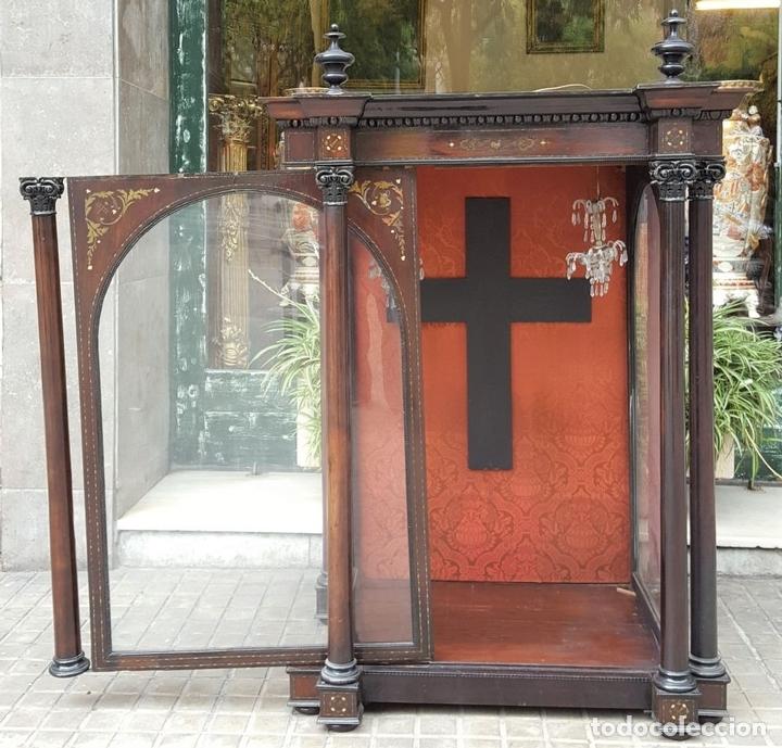 Antigüedades: HORNACINA. MADERA DE TROPICAL CON INCRUSTACIONES. ESTILO ISABELINO. ESPAÑA. SIGLO XIX. - Foto 12 - 162237626