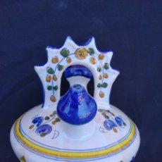 Antigüedades: BOTIJO CERAMICA TALAVERA. FIRMADO L C P. Lote 162380713