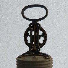 Antigüedades: MANTEQUERA DE CRISTAL. Lote 162381482