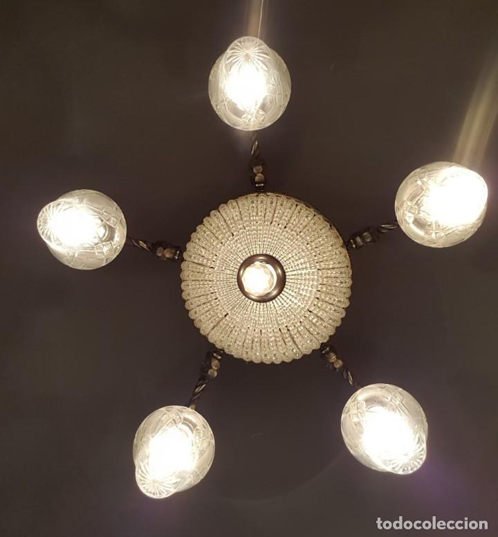 Antigüedades: Lámpara de Techo - Modernista - Bronce y Tulipas Cristal - 6 Luces - Funciona - Años 20 - Foto 2 - 162470906