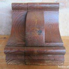 Antigüedades: MÉNSULA DE MADERA PINO MELIS.C.. Lote 162497058