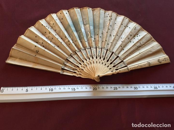 Antigüedades: Abanico muy antiguo varillaje marfil o simil - Foto 2 - 162506918