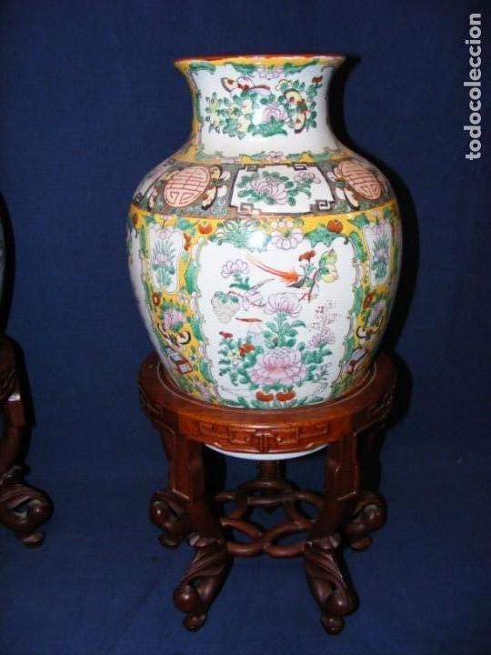 Antigüedades: PAREJA DE JARRONES CHINOS PORCELANA - Foto 3 - 162538370