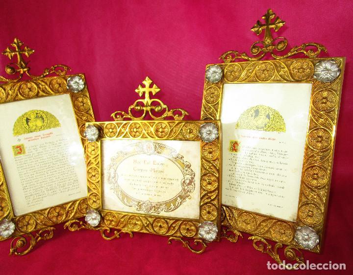 Antigüedades: ESPECTACULAR JUEVO DE SACRAS DE IGLESIA DE ALTAR PARA MISAS EN BRONCE AL ORO Y - Foto 6 - 162569394