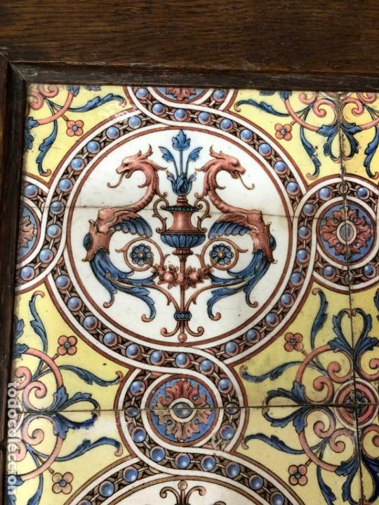 Antigüedades: PRECIOSA MESA CASTELLANA CON MEDIDA 47X47X69CM DE ALTO Y TAPA DE ANTIGUO RETABLO CERAMICO - Foto 6 - 162574250