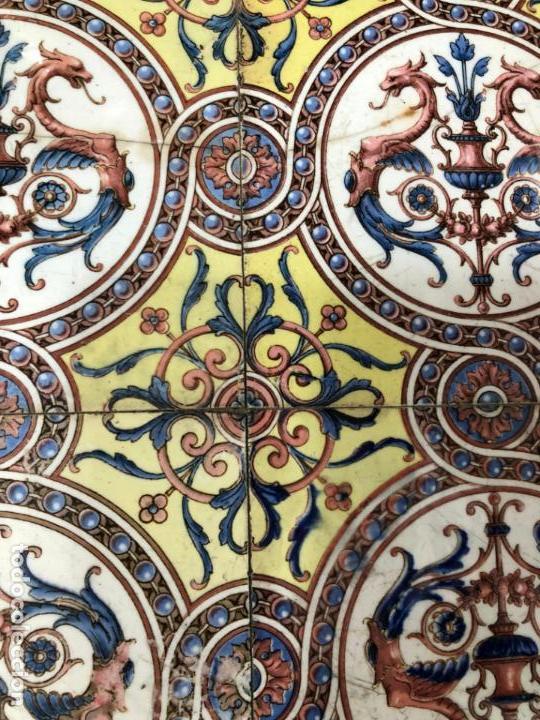 Antigüedades: PRECIOSA MESA CASTELLANA CON MEDIDA 47X47X69CM DE ALTO Y TAPA DE ANTIGUO RETABLO CERAMICO - Foto 7 - 162574250