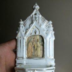 Antigüedades: ANTIGUA BENDITERA PILETA EN PORCELANA CERAMICA BISCUIT ESMALTADO TIPO VIEJO PARIS-. Lote 162605806
