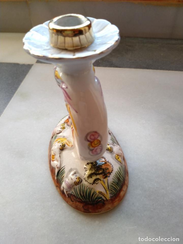 Antigüedades: Antiguo candelabro de porcelana pintado a mano Elpa Alcobaca Portugal - Foto 3 - 162627490