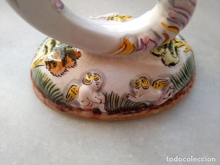 Antigüedades: Antiguo candelabro de porcelana pintado a mano Elpa Alcobaca Portugal - Foto 7 - 162627490