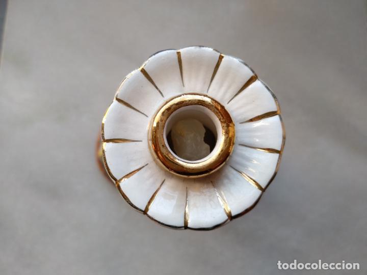 Antigüedades: Antiguo candelabro de porcelana pintado a mano Elpa Alcobaca Portugal - Foto 13 - 162627490