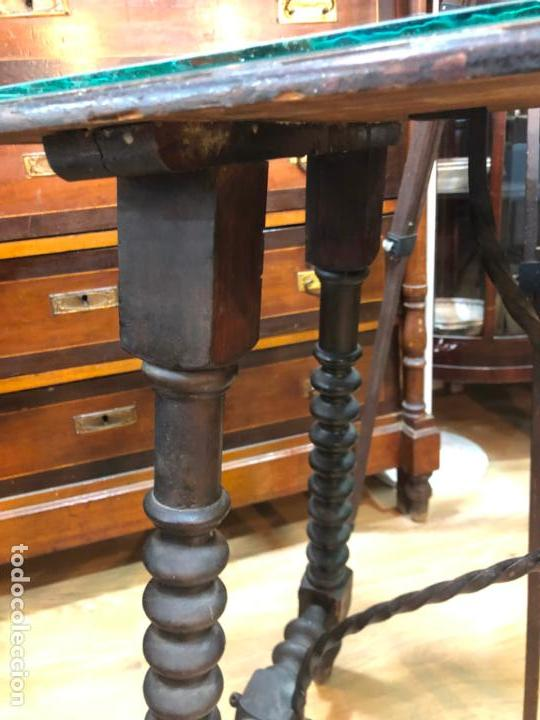 Antigüedades: ANTIGUA MESA DE SAN ANTONIO EN MADERA CON MEDIDAS 82X46X78 CM DE ALTO - Foto 9 - 162670698