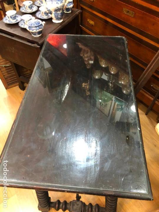 Antigüedades: ANTIGUA MESA DE SAN ANTONIO EN MADERA CON MEDIDAS 82X46X78 CM DE ALTO - Foto 13 - 162670698