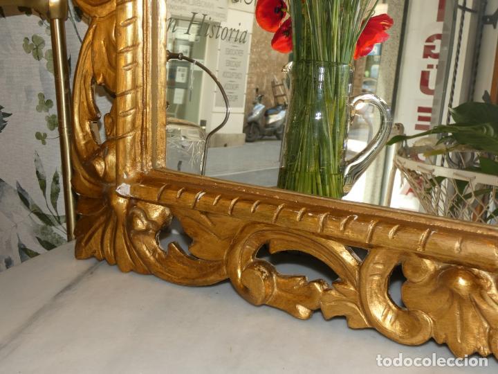 Antigüedades: Gran espejo estuco con pan de oro, finales siglo XIX.145 x 95 cms. Alguna pequeña falta. - Foto 8 - 162691762