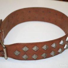 Antigüedades: COLLAR PERRO CUERO GRANDE. Lote 162694506