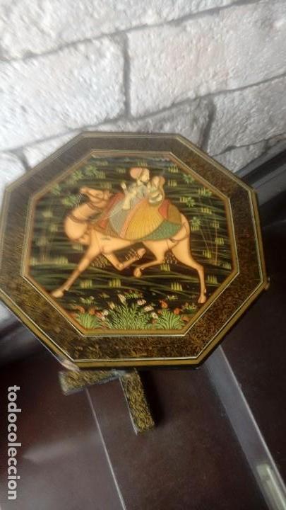 Antigüedades: Velador lacado Hindu - Foto 2 - 162699466