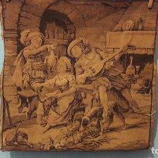 Antigüedades: TAPIZ ANTIGUO CON ESCENA DE TABERNA CABALLEROS Y DAMA. Lote 162703354