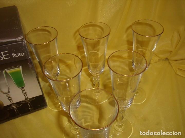 Antigüedades: Copas cristal champan,filo oro, 6 unid.Noblesse,Italiana Fidenza idee in Vetro,años 70, Nuevas. - Foto 7 - 162776946