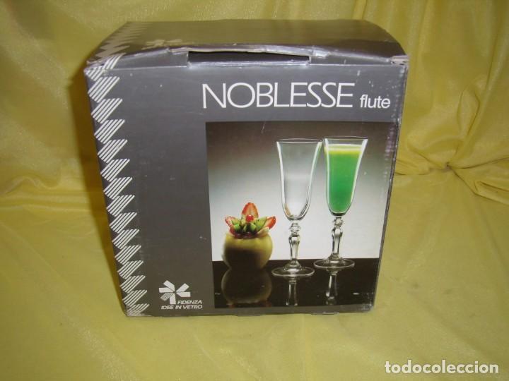 Antigüedades: Copas cristal champan,filo oro, 6 unid.Noblesse,Italiana Fidenza idee in Vetro,años 70, Nuevas. - Foto 8 - 162776946