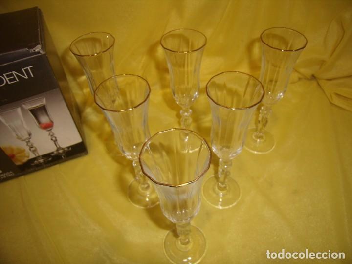 Antigüedades: Copas cristal licor President, filo oro, 6 unid.,Italianas de Fidenza idee in Vetro ,años 70,Nuevas - Foto 5 - 162782314