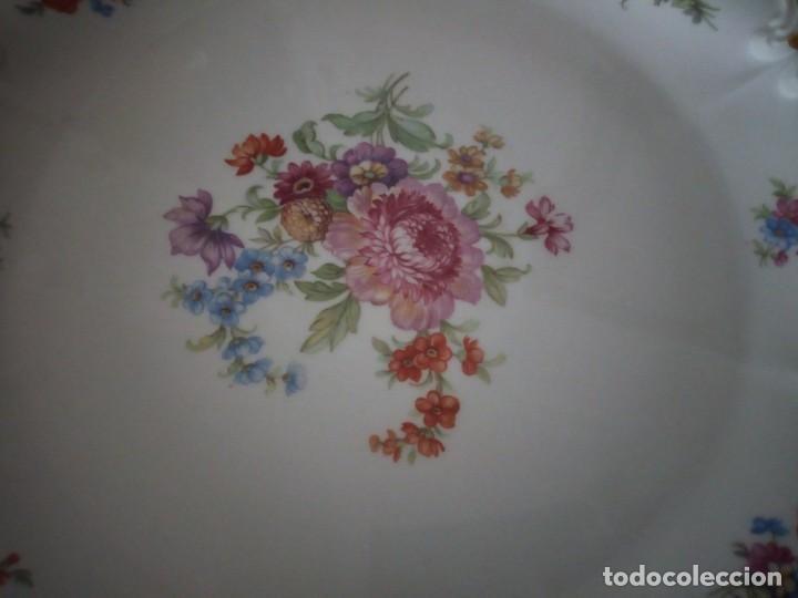 Antigüedades: Precioso plato tartero de porcelana bavaria tirschenreuth germany,motivo flores y oro. - Foto 3 - 218428381