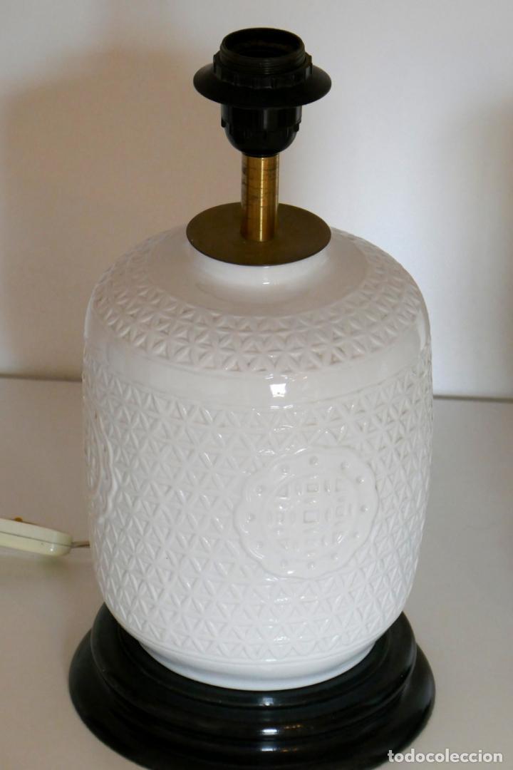 Antigüedades: Pareja de lámparas antiguas en porcelana china reticulada Blanc de Chine Dehua mediados s.XX vintage - Foto 5 - 162945650