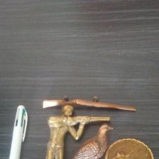 Antigüedades: LOTE DE TROFEOS DE CAZA EN COBRE,LATÓN O BRONCE...TAL COMO SE VE . Lote 162947926