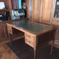 Antigüedades: MESA ESCRITORIO CUERO VERDE. Lote 162974014