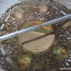 Antigüedades: CENTRO CALADO ANTIGÜO DE ALPACA PLATEADA, 35 CMS. DÍAMETRO. Lote 163009170