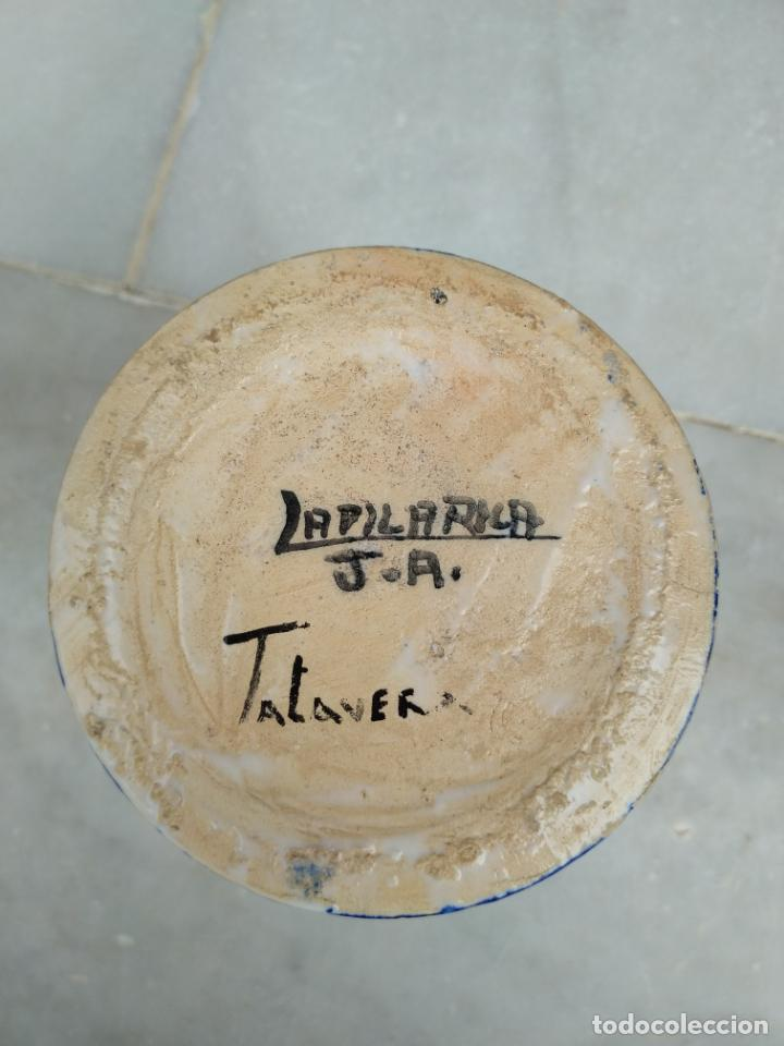 Antigüedades: Bonita jarra Talavera pintada a mano --- La Pilarica J. A. --- - Foto 13 - 163020770