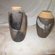 Antigüedades: PAREJA DE FLOREROS DE CERÁMICA . Lote 163037046