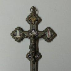 Antigüedades: CRISTO ,CRUCIFIJO DE ACERO CON INCRUSTACIONES ESMALTADAS .. Lote 163043782