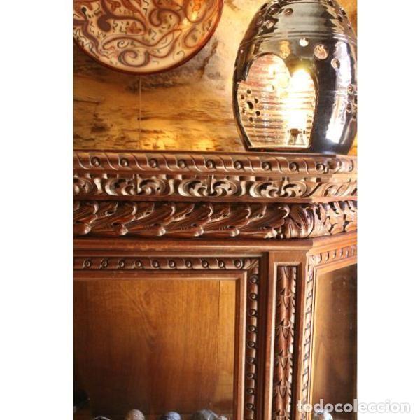Antigüedades: Antigua vitrina de madera de cedro - Foto 3 - 163079846