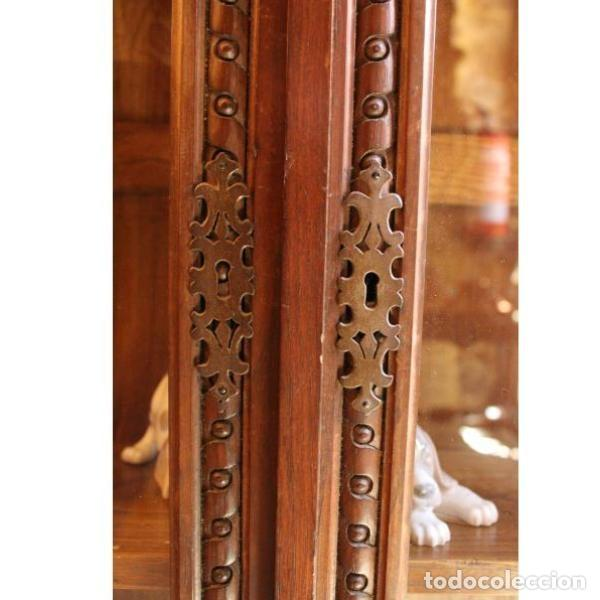 Antigüedades: Antigua vitrina de madera de cedro - Foto 4 - 163079846