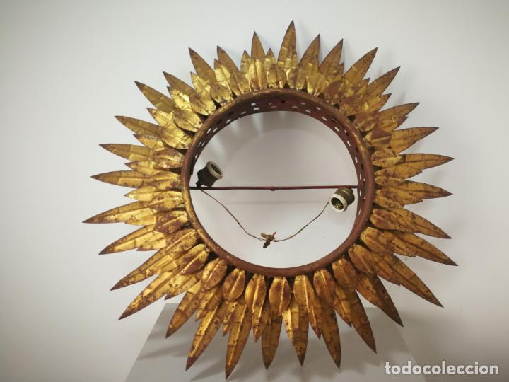 ANTIGUA LÁMPARA VINTAGE DE HIERRO TIPO SOL DE TRIPLE CORONA (Antigüedades - Iluminación - Lámparas Antiguas)