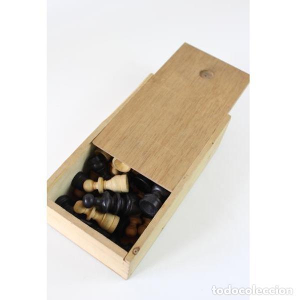 Antigüedades: Antiguo juego ajedrez y damas - Foto 8 - 163083030