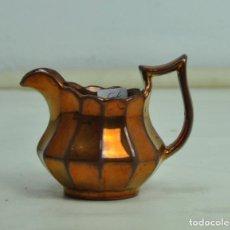 Antigüedades: JARRA BRISTOL PEQUEÑA DORADA. Lote 163085894