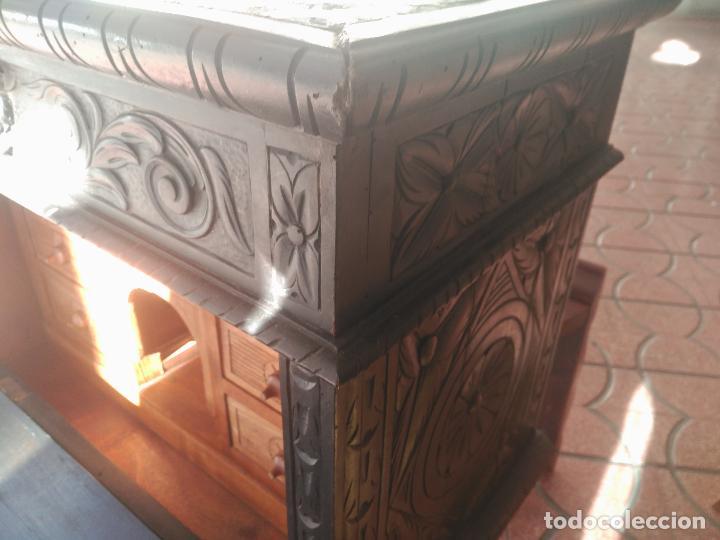 Antigüedades: ANTIGUO BARGUEÑO TALLAS MAGNIFICAS OBRA DE ARTE CAJONES Y LLAVE SGLO XVIII - Foto 10 - 52948120