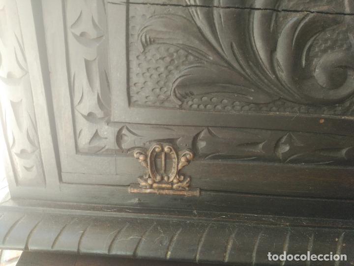 Antigüedades: ANTIGUO BARGUEÑO TALLAS MAGNIFICAS OBRA DE ARTE CAJONES Y LLAVE SGLO XVIII - Foto 13 - 52948120