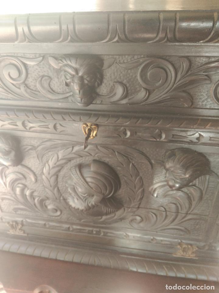 Antigüedades: ANTIGUO BARGUEÑO TALLAS MAGNIFICAS OBRA DE ARTE CAJONES Y LLAVE SGLO XVIII - Foto 14 - 52948120