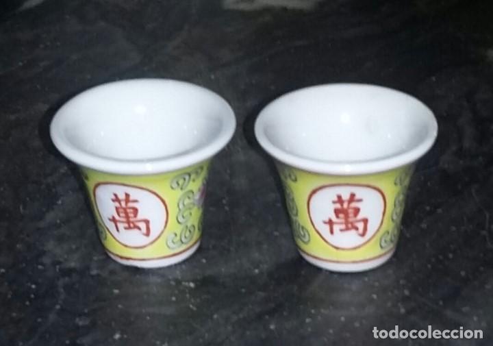 Antigüedades: Juego de café o te en porcelana china. Bandeja, tetera o cafetera y dos vasitos. - Foto 4 - 163345170