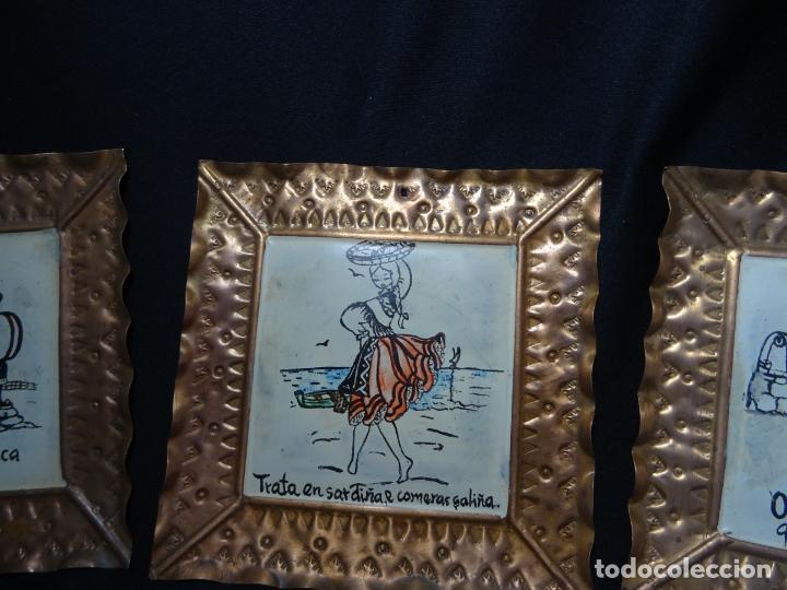Antigüedades: tres cuadro años 1950-60 ,cobre con refran es gallegos. Galicia.pintados a mano - Foto 6 - 163349198