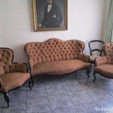 Antigüedades: TRESILLO ISABELINO. CONJUNTO DE SOFÁ Y DOS SILLONES. Lote 163359914
