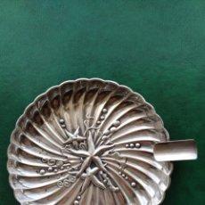 Antigüedades: CENICERO DE PLATA CONTRASTADA MOTIVOS MARINOS CONCHAS Y ESTRELLAS DE MAR . Lote 163361822