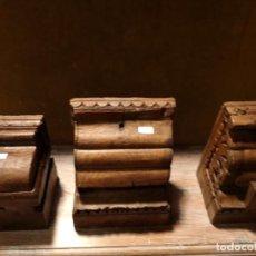 Antigüedades: CANECILLOS DE MADERA TALLADA. Lote 163362474