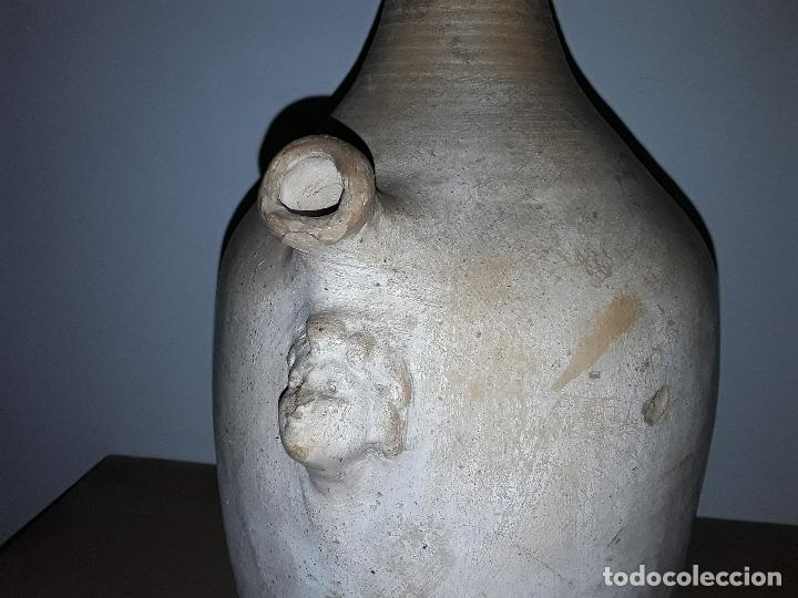 Antigüedades: Antiguo cántaro, botijo, vasija de terracota con cabeza de querubin pieza rara - Foto 9 - 163381374