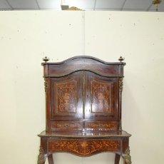 Antigüedades: MUEBLE ANTIGUO ESCRITORIO CON ALTILLO Y MARQUETERÍA. Lote 163481650