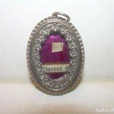 Antigüedades: ANTIGUO RELICARIO DE PLATA........SAN VICENTE DE....CON SU LACRA.. Lote 163486510
