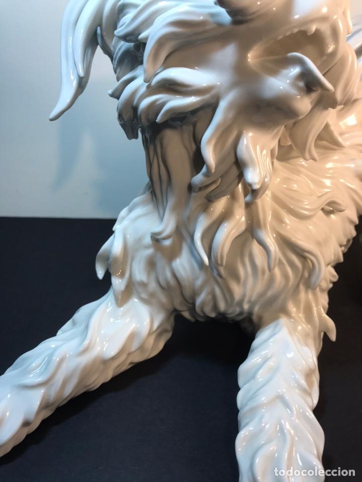 Antigüedades: Figura Porcelana- España- Algora- Perro Boloñés- 40x19x24 cm. - Foto 11 - 163490364