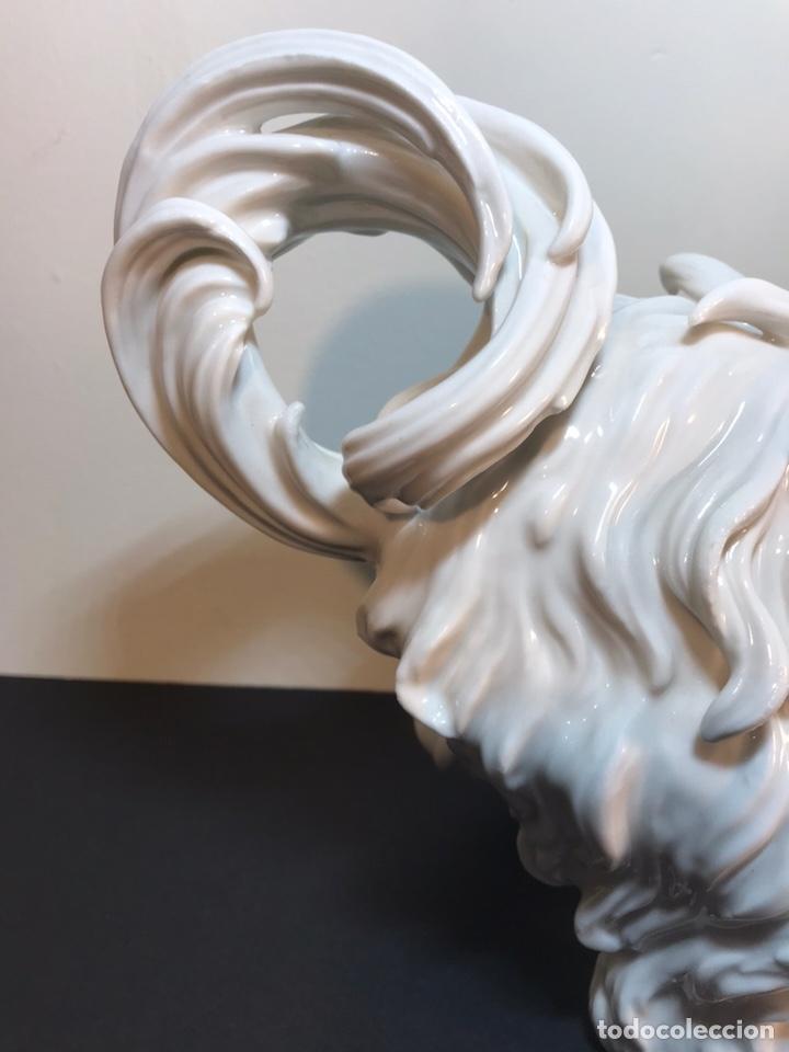 Antigüedades: Figura Porcelana- España- Algora- Perro Boloñés- 40x19x24 cm. - Foto 23 - 163490364